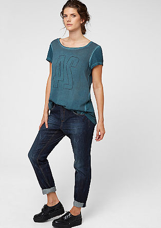 Curvy: denim jeans with contrast stitching from s.Oliver