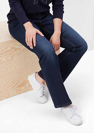 Curvy: Dunkle Stretch-Jeans
