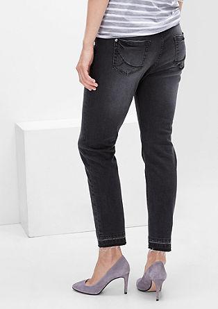 Curvy: Jeans mit offenem Saum