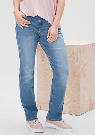 Curvy: jeans with a straight leg from s.Oliver