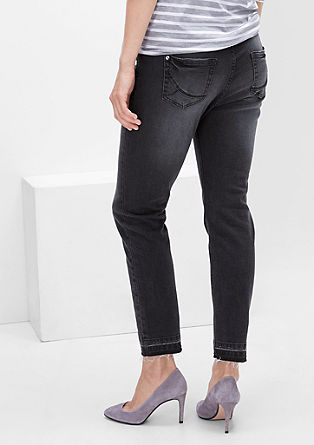 Curvy: Jeans with open hems from s.Oliver