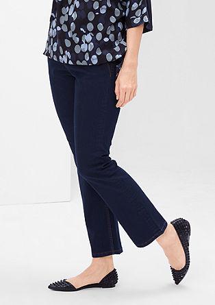 Curvy: raztegljive jeans hlače na zvon