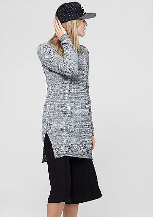 Dolg pulover iz melirane pletenine
