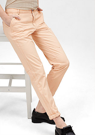 Easy: chinos with effect stitching from s.Oliver