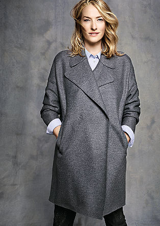 Egg-shaped coat in new wool from s.Oliver
