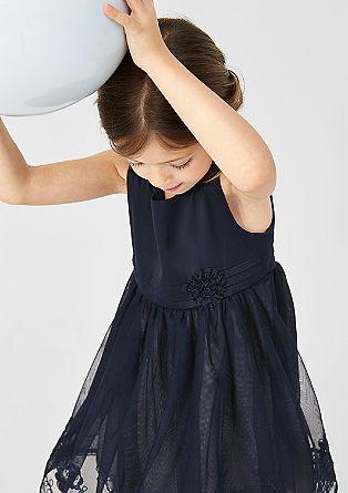 Elegantna obleka iz mešanice materialov