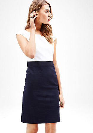 Elegantna poslovna obleka