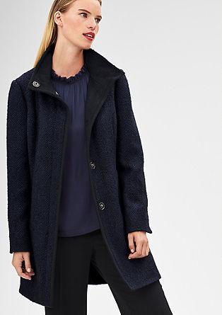 Elegantní kabát zbuklé