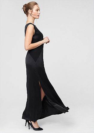 Evening gown with a side slit from s.Oliver