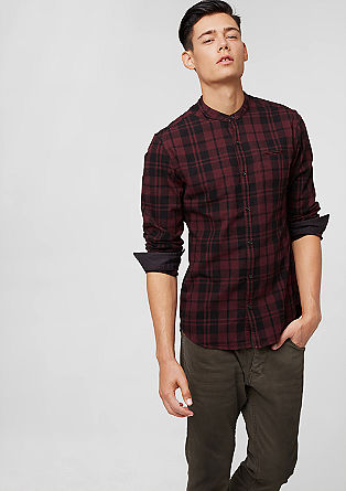 Extra Slim: Kragenloses Hemd
