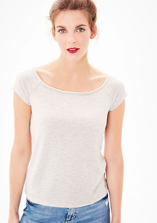 Fein geripptes Off-Shoulder-Shirt