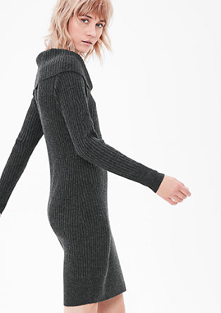 Figure-hugging knit dress from s.Oliver