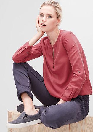 Fijne blouse met elastiek in de zoom