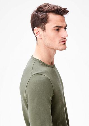 Fijngebreide trui met een ronde hals
