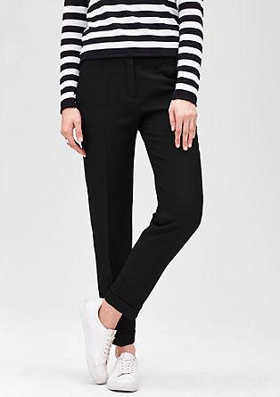 fine hlače iz tkanine piqué