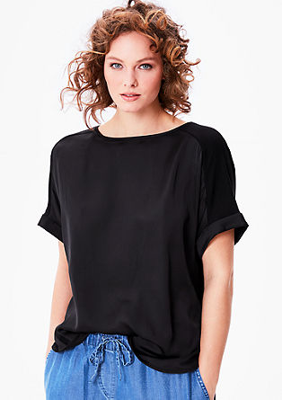 Fledermaus-Shirt mit Satin-Front