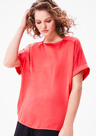 Fledermaus-Shirt mit Satin-Front