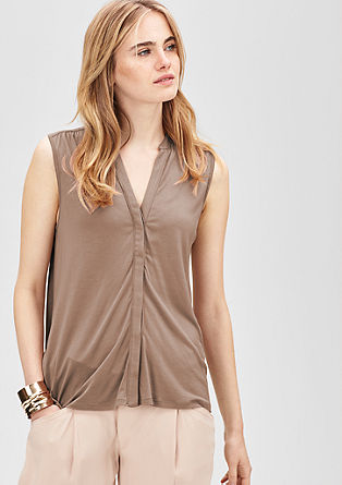 Flowing top with a button placket from s.Oliver