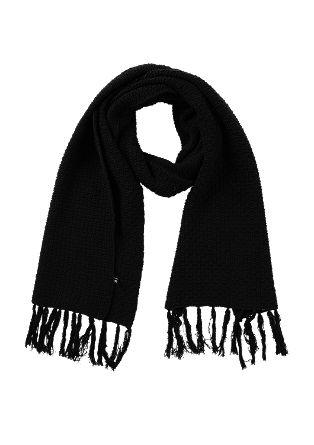 Fransen-Schal aus Struktur-Strick