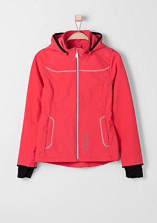 Funkcionalna jakna iz softshella