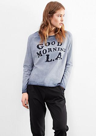 Garment-dyed shirt met tekst