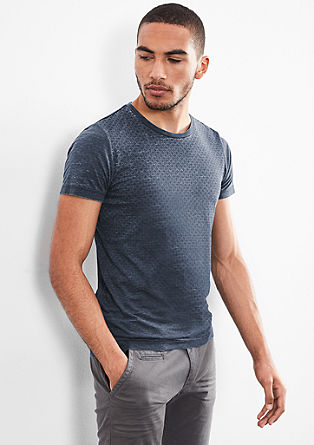 Garment-washed T-shirt with a minimalist pattern from s.Oliver