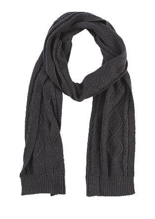 Gebreide sjaal met een motiefje