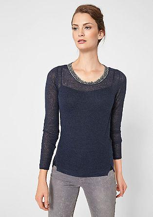 Gebreide trui met een mooie kraag