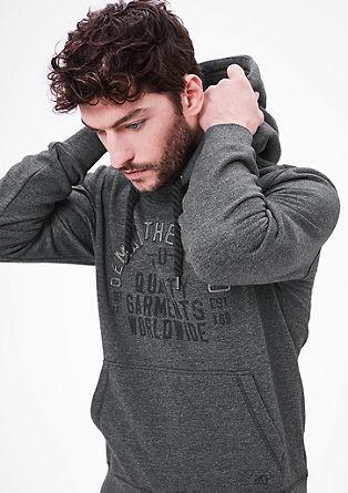 Gemütlicher Sweater mit Kapuze