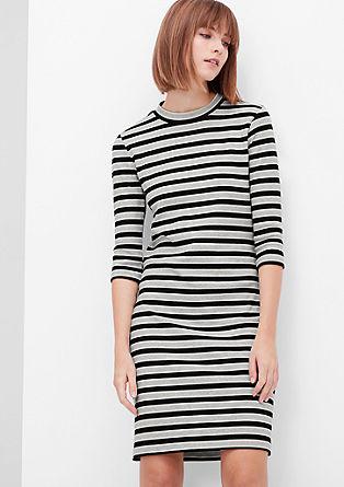 Geribde jurk met strepen