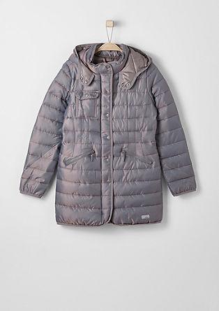 Glanzende, gewatteerde mantel