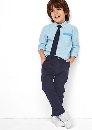 Hlače chino: elegantne hlače iz blaga