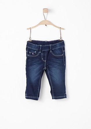 Hlačne pajkice: raztegljive kapri jeans hlače