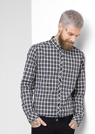Izjemno oprijeto: karirasta srajca