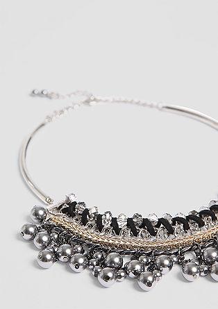 Izrazna ogrlica z okrasnimi kamni