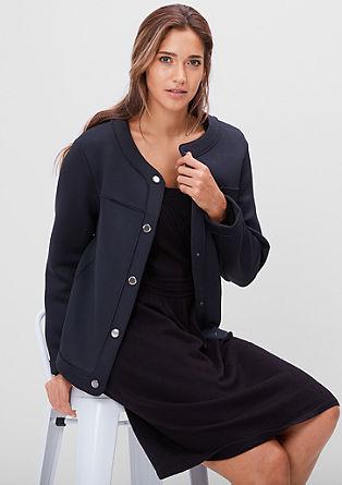 Jakna v slogu suknjiča z gumbi