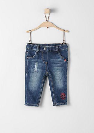 Jeans hlače z vezenino v obliki jagode