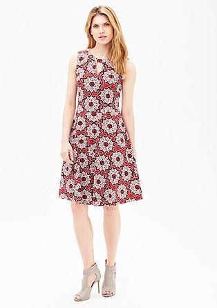 Jersey jurk met zwierig rokgedeelte