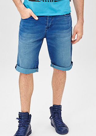 John Loose: Bermuda aus Used-Denim