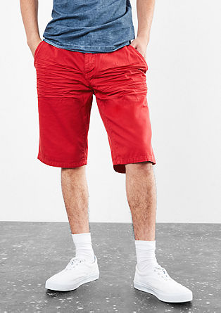John Loose: stretch bermudas from s.Oliver