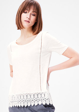 Kanten shirt met gaatjespatroon