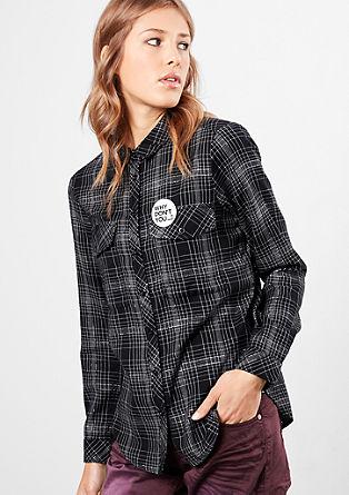 Karirasta bluza s kovinsko prejo