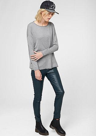 Kastiger Pullover mit Knopfleisten