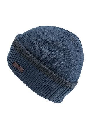 Knitted hat with wide turn-up from s.Oliver