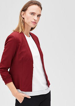 Kratka jakna v slogu suknjiča