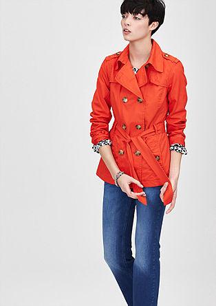 Kratka jakna v stilu trenchcoata