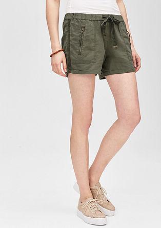 Kratke hlače smart: hlače iz lanene mešanice