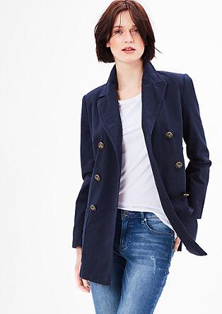 Krátký kabát snámořnickým vzhledem