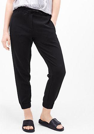 Krepové kalhoty s ležérním střihem