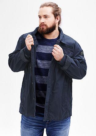 Lahka jakna v vojaškem slogu s spranim učinkom